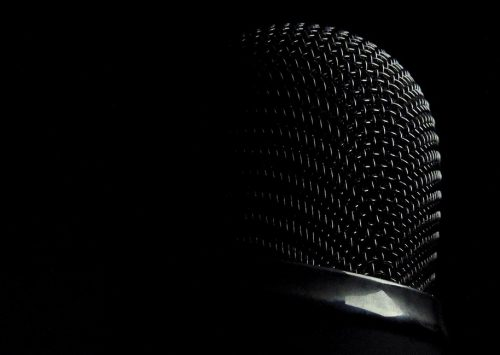 microphone-337747_960_720